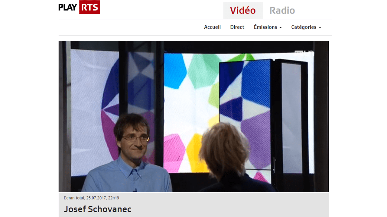 Josef Schovanec and the Flag of Autistan at the Swiss television
